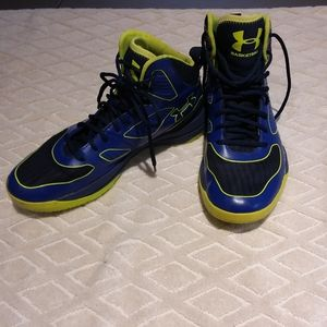 Under Armour clutchfit basketball shoes